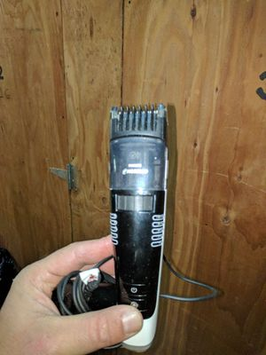 Philips Norelco wireless beard trimmer for Sale in Boston, MA