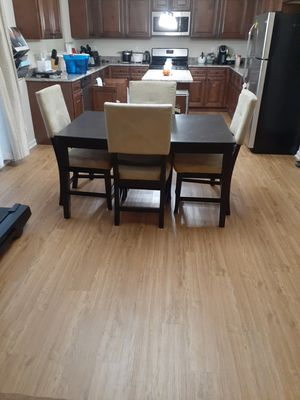 Kitchen Table and Four Chairs for Sale in Pontiac, MI
