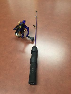 Fishing pole 🎣 for Sale in Fresno, CA