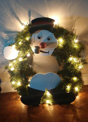 Frosty The Snowman Lighted Christmas Wall Wreath for Sale in MONTGOMRY VLG, MD