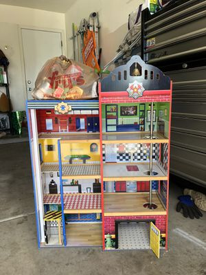 Kid kraft fire station for Sale in Fort McDowell, AZ