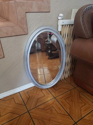 Mirror for Sale in Bell Gardens, CA