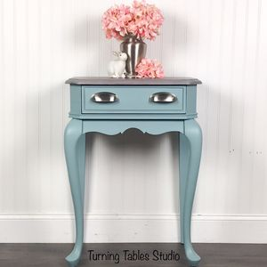 Accent/Side Table with Drawer for Sale in Centreville, VA