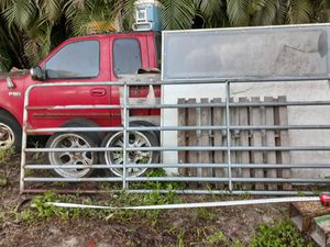 Farm gate cheap $150 for Sale in Fort Lauderdale, FL