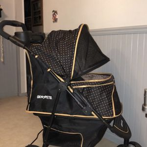 Gen7 Pets Stroller for Sale in Selden, NY