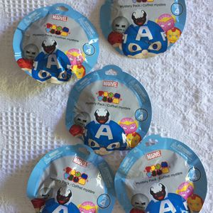 Marvel Tsum Tsum mystery packs - all new 5 blind bags for Sale in Hollywood, FL
