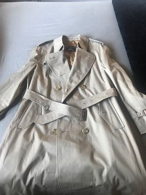 Men Trench coat for Sale in Los Angeles, CA