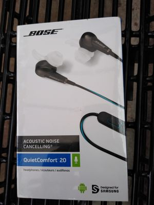 Bose acoustic noise canceling headphones!!! Gonna drop the price for 30 minutes. for Sale in Tacoma, WA