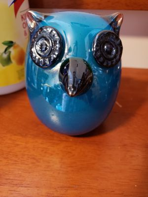 Glass Owl Decor for Sale in Bell Gardens, CA