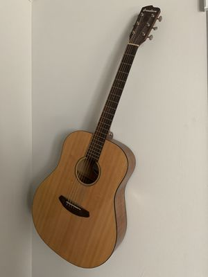 Breedlove acoustic guitar for Sale in Raleigh, NC