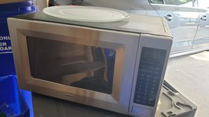 Not working microwave for Sale in Gaithersburg, MD