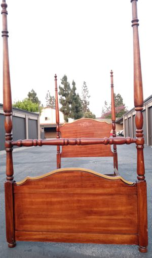Vintage twin bed for Sale in Fullerton, CA