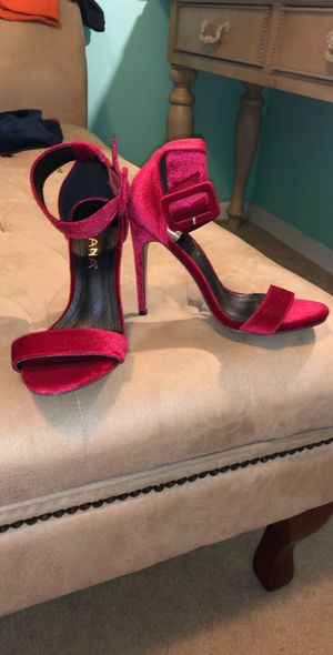 Red heels size 7 for Sale in Murfreesboro, TN
