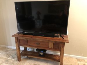 Solid Sheeshum Hardwood sofa table for Sale in Waddell, AZ