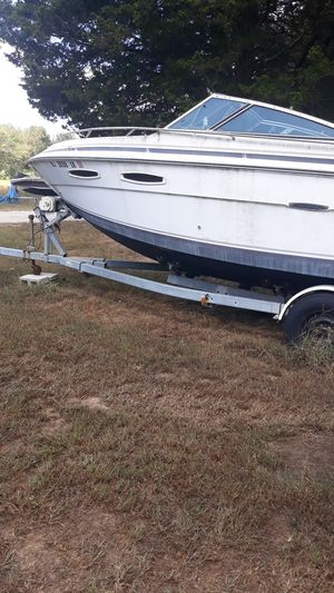 26 foot boat with cabin and trailer for Sale in Millville, NJ