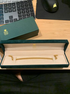 "18K 8"" Hollow Curb Gold Bracelet for Sale in San Diego, CA"