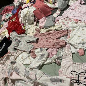 Ropa de Bebé Niña for Sale in Hayward, CA