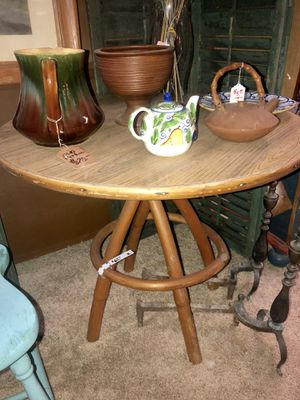 Mid Century Rattan Mica dining room,side table for Sale in Inverness, FL