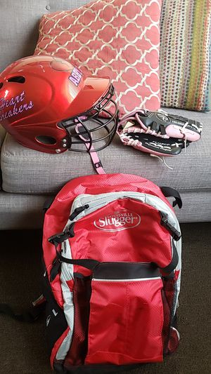 Softball bag, helmet, and glove for Sale in Torrance, CA