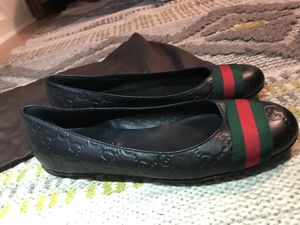 Like New Gucci Flats- Size 7 for Sale in Seattle, WA