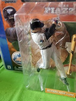 New Mcfarlane New York Mets Mike Piazza Action Figure For $20 for Sale in Clovis, CA