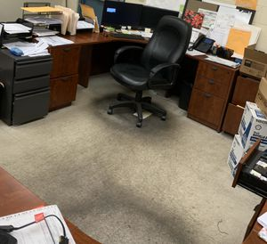 Executive office suites, tables, exec desk and return, conference tables or break tables and chairs for Sale in St. Louis, MO