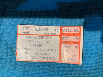 Heart New Year's Eve 80's ticket stub !! for Sale in Wenatchee,  WA