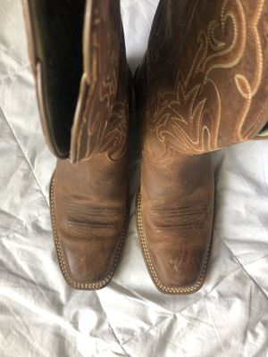 Ariat women's boots. 6.5 for Sale in Carrollton, TX