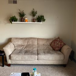 Beige Couch for Sale in Aurora,  CO
