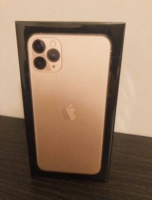 ~ New Never Used Apple iPhone 11 Pro Max 256GB Gold Unlocked~ for Sale in Sacramento, CA