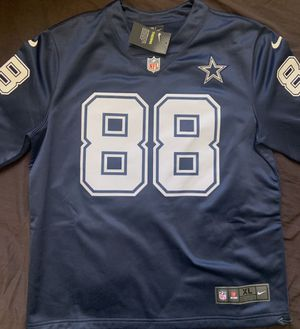 Dallas Cowboys Dez Bryant Therma Long Sleeve Size XL for Sale in Antioch, CA