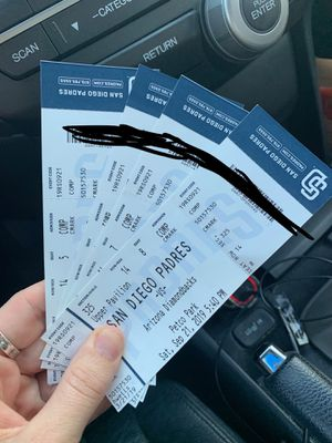 4 tickets to padres vs diamondbacks saturday for Sale in San Diego, CA