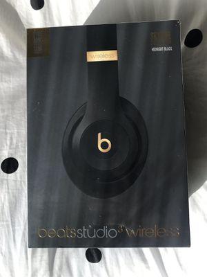 Beats Studio 3 Wireless Over Ear Headphones for Sale in La Mirada, CA