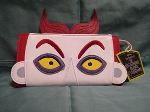 Loungefly Nightmare Before Christmas Lock Wallet for Sale in Sacramento, CA