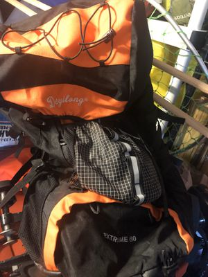 Deyilong Extreme 60 hiking backpack for Sale in Seabrook, TX