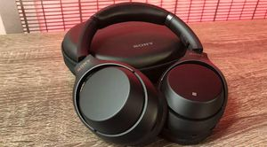 Sony WH-1000XM3 Wireless Noise Canceling Headphones for Sale in Gambrills, MD