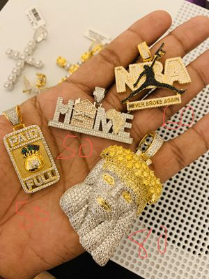 Gold chain for Sale in Tampa, FL