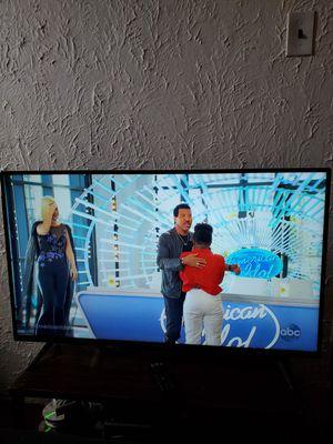 40 inch vizio smart TV!!! for Sale in Columbia, IL