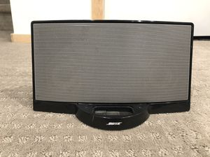 Bose Speaker with a remote for Sale in Lakewood, CO
