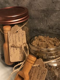 Brown Sugar Sweet Almond Oil Coconut Sandalwood Body Scrub for Sale in Snohomish,  WA