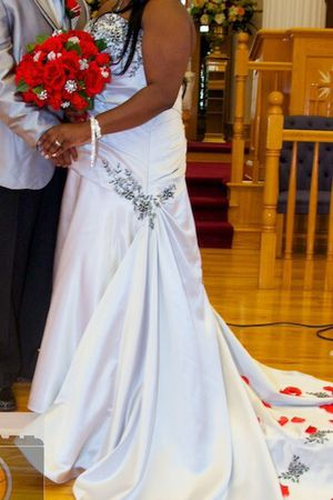 Custom Made Hand Beaded Wedding Gown for Sale in Baltimore, MD
