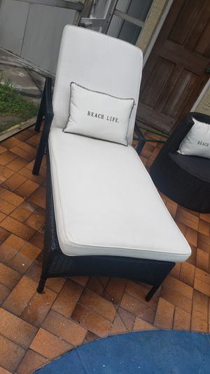 Outdoor lounge chair/patio lounge chair/outdoor patio chair/patio furniture/outdoor furniture/balcony lounge chair/silla de patio balcon for Sale in Hollywood, FL