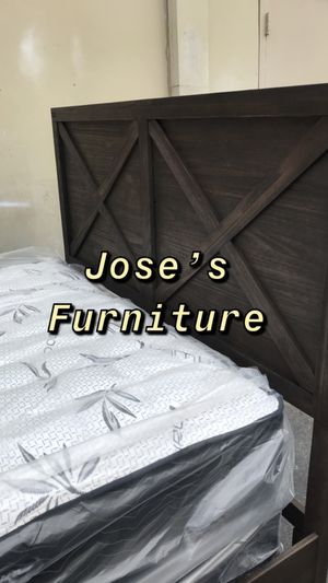 Queen Size Bed (Mattress Included) for Sale in Los Angeles, CA