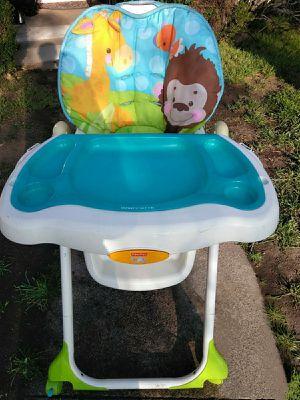 !! Baby High Chair for Sale in San Fernando, CA