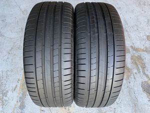 Two 225/40/19 Pirelli P-Zero MOE Runflats like new with 85-90% left amazing pair Mercedes AMG, BMW for Sale in Hialeah, FL