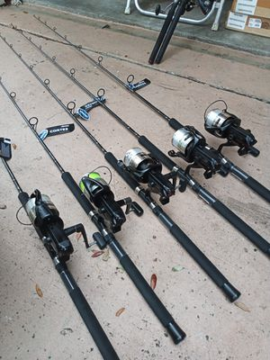 Mint Shimano baitrunner 6500B with NEW Okuma Cortez fishing rods....190.00 each for Sale in Pembroke Pines, FL