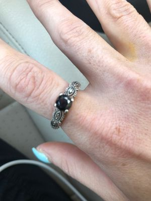 Miradora 1 1/4 k round black diamond ring 10k white gold antique setting size 6 must sell today! Giving an amazing deal for Sale in Bloomington, IL