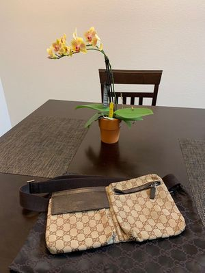 Authentic vintage gucci fanny pack for Sale in Los Angeles, CA