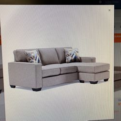 Greaves cofa Reversible Chaise for Sale in Clinton Township,  MI