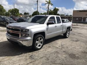2015 Chevy Silverado for Sale in Miami, FL
